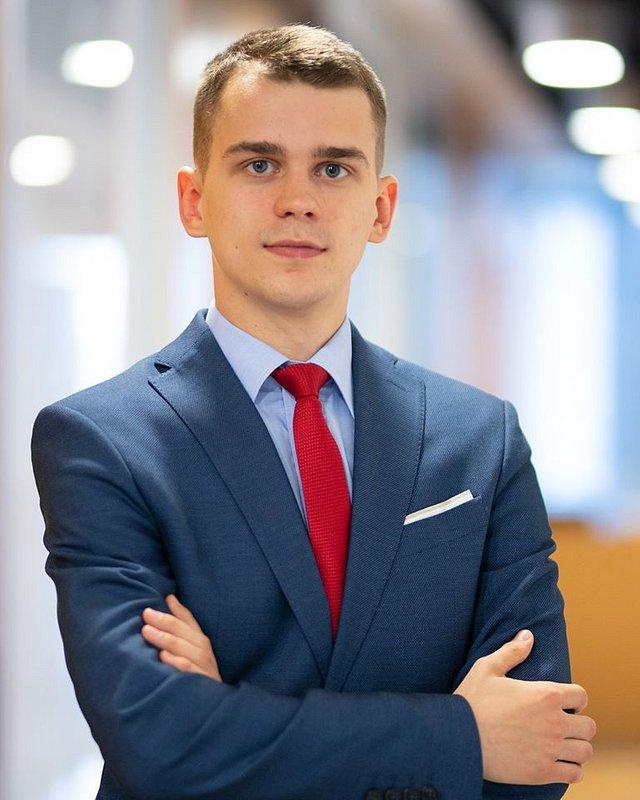 Adam Ziębicki, associate w kancelarii Chałas i Wspólnicy