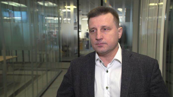 Polski rynek telewizyjny rywalizuje o widzów z platformami VoD. Przed ekran mają ich przyciągnąć nowe technologie i coraz wyższa rozdzielczość transmisji