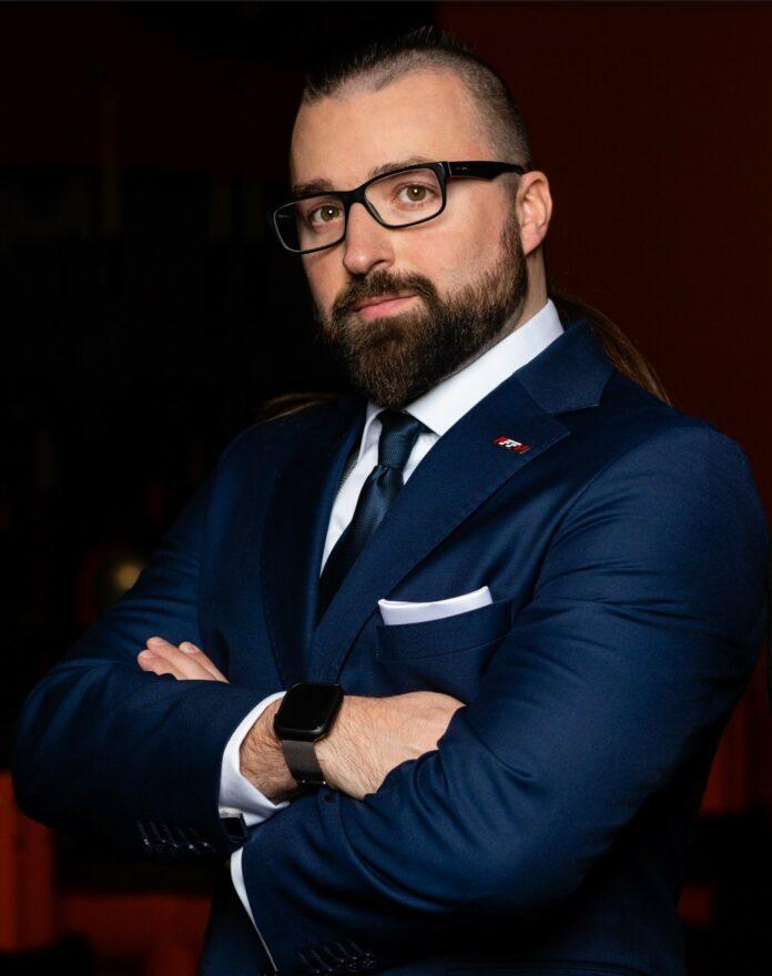 TOMASZ NAPIÓRKOWSKI CEO Founder X-SPORTS GROUP