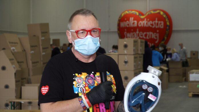 Przerobione maski do nurkowania będą chronić pracowników medycznych. Do szpitali w całej Polsce trafi ich w tym tygodniu 10 tys.