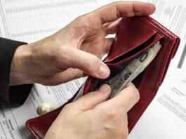 pieniądze podatki ubezpieczenia