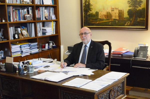 prof. dr hab. inż. Jan Szmidt, Rektor Politechniki Warszawskiej