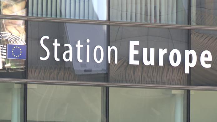 Unia Europejska przed USA i Chinami. Walka z koronawirusem napędza poziom innowacyjności [DEPESZA]