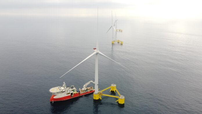 farma wiatrowa morze