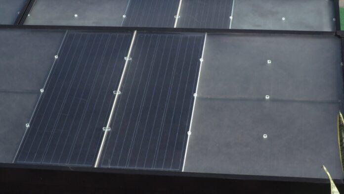 Nadchodzi nowa generacja paneli fotowoltaicznych. Grafen i perowskity ułatwią tworzenie wytrzymalszych i wydajniejszych ogniw [DEPESZA]