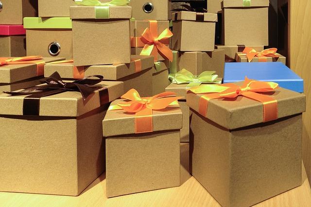 pudla-kartonowe-prezenty