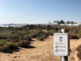 Urządzenie IoT na plaży