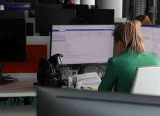 Stres pracowników wywołany przez pandemię wpływa na obniżenie poziomu cyberbezpieczeństwa firm. Eksperci są zgodni: potrzebne są szkolenia [DEPESZA]