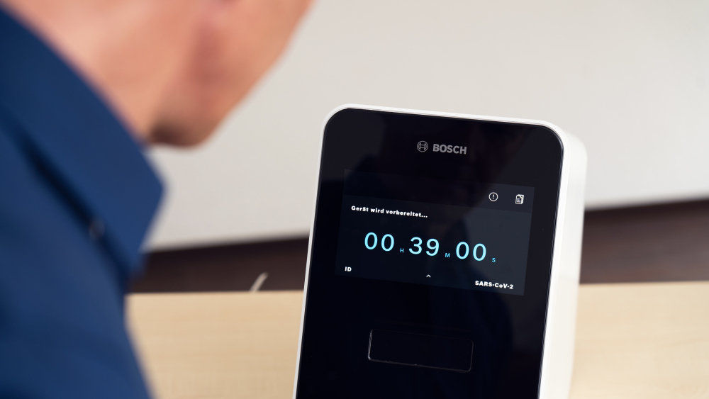 Nowy szybki test na koronawirusa opracowany przez Bosch 2