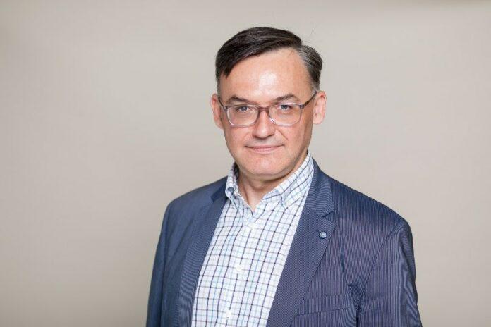 prof. dr hab. n. med. Konrad Rejdak kierownik Katedry i Kliniki Neurologii, Uniwersytet Medyczny w Lublinie;