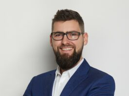 Mateusz Włoch, ekspert OCRK, Grupa INELO