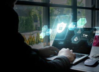 haker cyberbezpieczeństwo