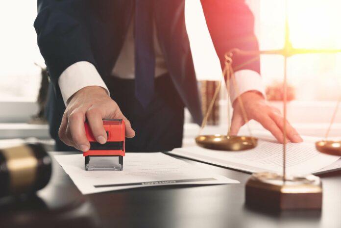 umowa prawo prawnik podatki