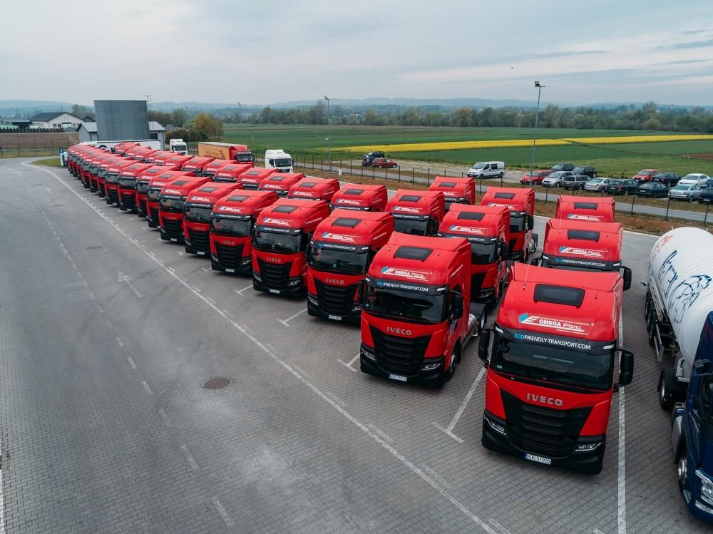 50 nowozakupionych ciągników siodłowych Iveco S-Way Natural Power