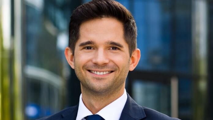 Maciej Plichta, Colliers International