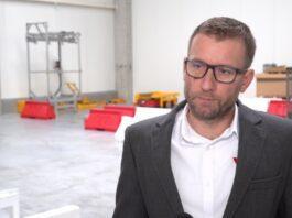 Polskie autonomiczne roboty trafiają do fabryk. Sztuczna inteligencja pozwoli im na pracę z ludźmi w zatłoczonych magazynach