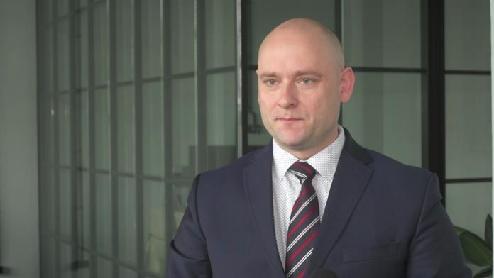 Polska Policja sięga po podpis biometryczny. W przyszłości kryminalne zagadki będzie rozwiązywać sztuczna inteligencja