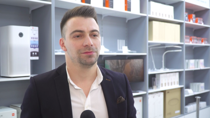 W Warszawie powstał pierwszy poza Chinami specjalny salon Xiaomi. Producent rozważa otwarcie kolejnych