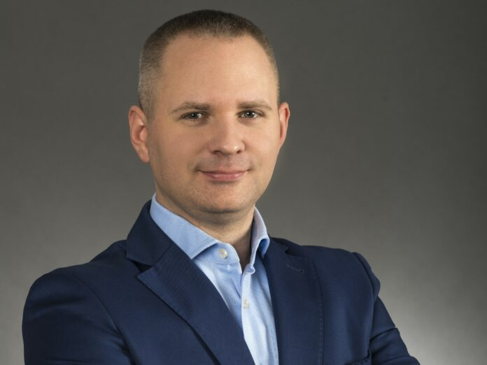 Karol Dziasek CEO Self Learning Solutions
