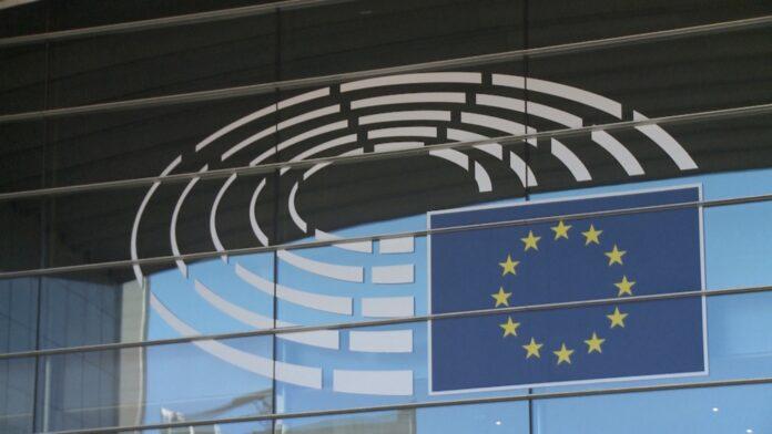 Projekt nowelizacji ustawy o krajowym cyberbezpieczeństwie niezgodny z unijnym prawem. Może wywołać spór z Komisją Europejską [DEPESZA]