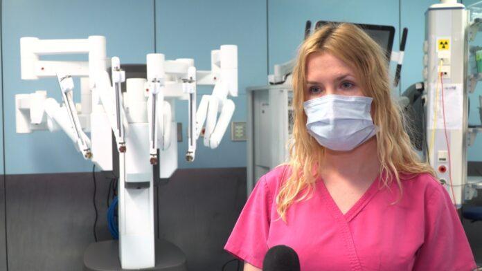 Na świecie operacje wykonuje już niemal 6 tys. robotów chirurgicznych. W Polsce do dyspozycji jest tylko 14, jednak z roku na rok ich przybywa