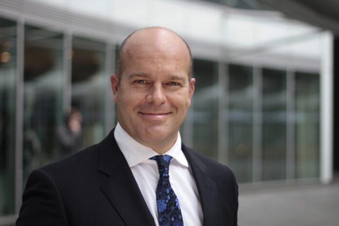 Damian Harrington, dyrektor działu badań rynku w regionie EMEA w Colliers
