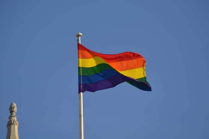 LGBTQ tęcza
