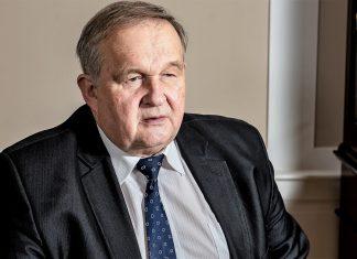 dr Andrzej Maria Faliński, wiceprezes Stowarzyszenia Forum Dialogu Gospodarczego, były wieloletni dyrektor generalny Polskiej Organizacji Handlu i Dystrybucji (POHiD)