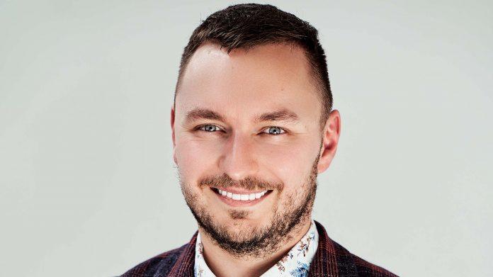 Marcin Michalski, ekspert strategii digital marketingowych i reklamy online, a także publicysta oraz autor bloga Marketing Hacker