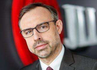 Paweł Sztejter, JLL