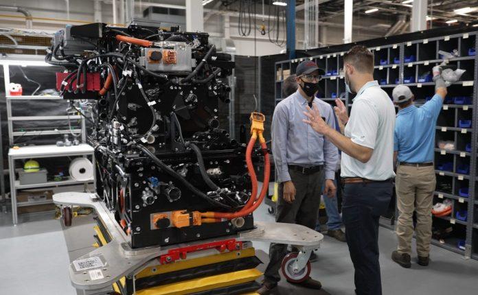 Toyota uruchomi produkcję modułów ogniw paliwowych dla ciężarówek