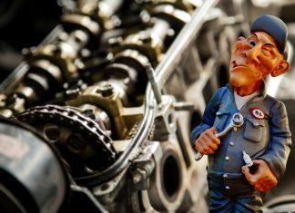 warsztat samochodowy mechanik