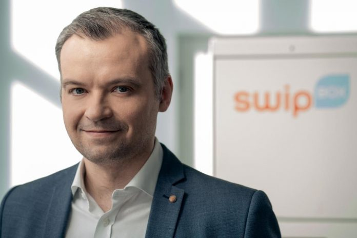 Łukasz Łukasiewicz, Operations Manager, SwipBox Polska